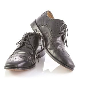 Cole Haan Black Leather Brogue Wingtip Derby Shoes